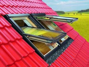 Запотевают ли мансардные окна
