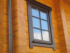 Деревянные окна для коттеджей