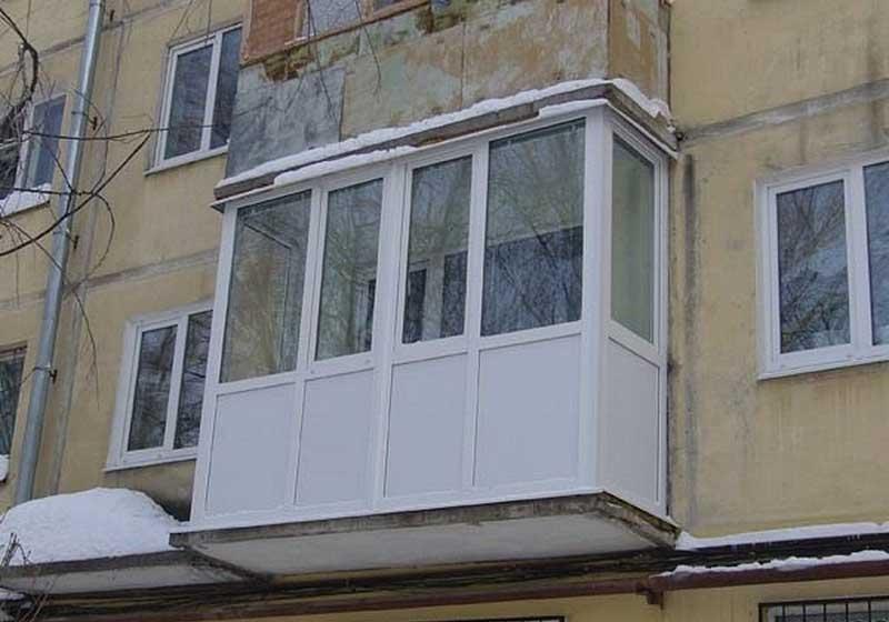 Балкон в пятиэтажке своими руками