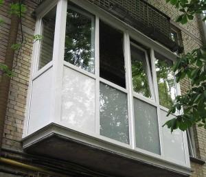 Для чего остекляется балкон в хрущевке
