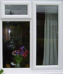 врезать форточку в уже смонтированное окно