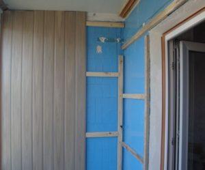 Виды пластиковых панелей для обшивки балкона