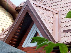 Устройство слуховых окон на крыше