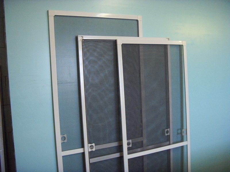 Установка москитных сеток на окна
