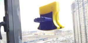 Пошаговая инструкция как пользоваться магнитной щеткой для мытья окон